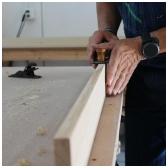 Iš kokių medžiagų pagaminti baldai ?